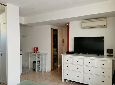 Appartement Cannes Grand studio de 31 m2 Carré d'or